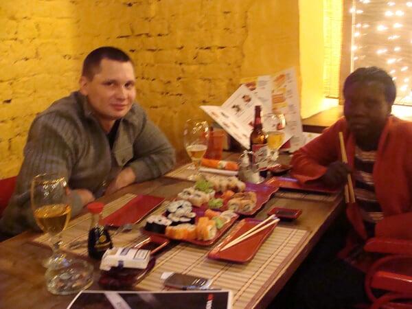 Роман с Угандой - продолжение в Мурманске.