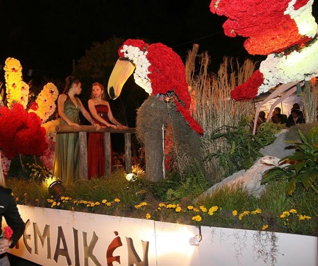 Desfile de Carrozas de la Fiesta Nacional de la Flor 2009, diseño, paisajismo