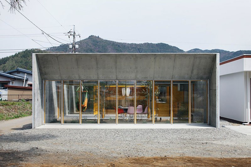Outside In - Takeshi Hosaka Architects