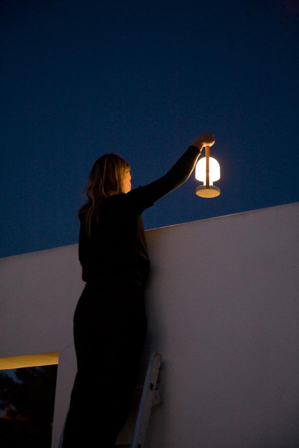Inma Bermúdez diseña Follow Me para Marset