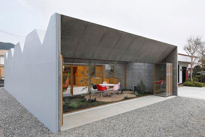 Outside In - Takeshi Hosaka Architects