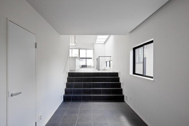 Casa en Eifukucho - Upsetters Architects