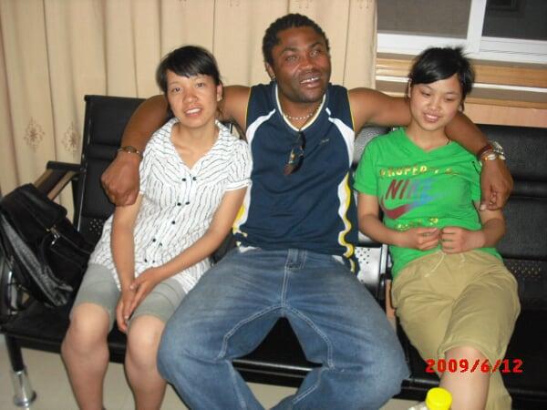 [转载]丑陋黑人外教玩弄中国女人_ejvjq_新浪博