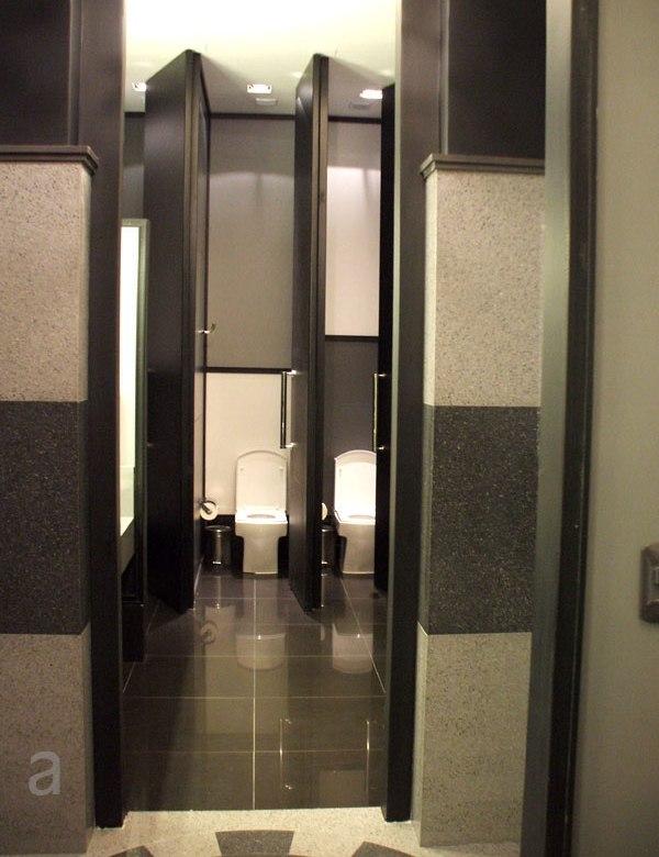 Imagen Para Baño De Damas:Casa FOA 2010: Espacio Nº 7 Baños Públicos – Marcelo Nougues – Blog