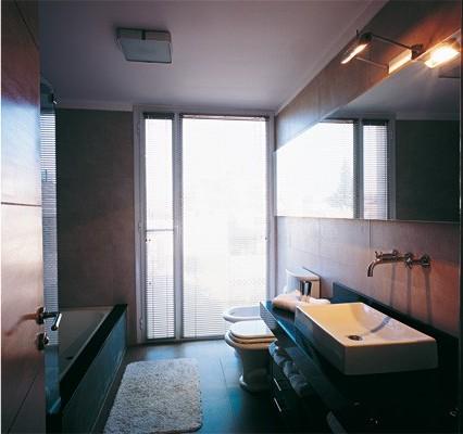 Una casa con terraza, decoracion, diseño